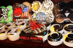 skateboard-wheel-wheels-element-bones-powell-krypto-steelton-skateshop