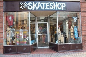rayzor Tattoos and Skateshop... Harrisburg Areas ONLY skater owned skateshop